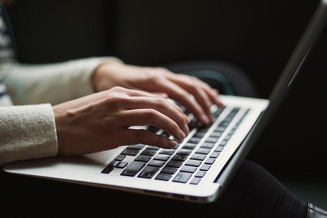 Miten kirjoittaa vakuuttava työhakemus